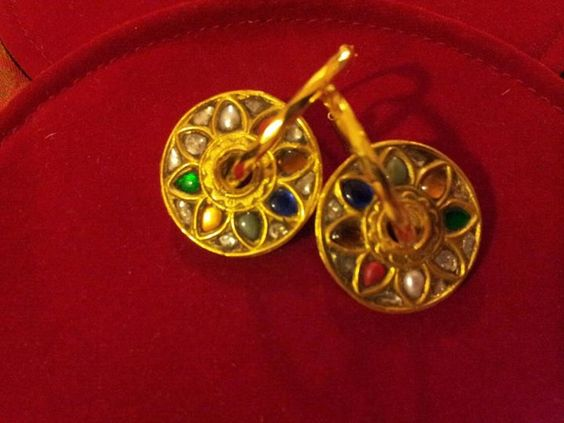Gold & navratan bail style earnings part of the gold leaf collection