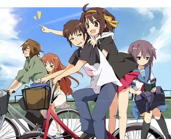 みんなで楽しそうに自転車に乗っている「涼宮ハルヒの憂鬱」の画像