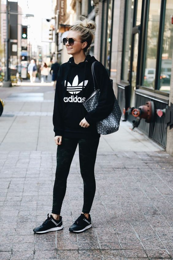 41 Fashionable Athleisure Outfit Ideas For Women Visit Www Spasterfield Com For More Women S Athleisure Ou Athleisure Outfits Athleisure Fashion Sporty Outfits
