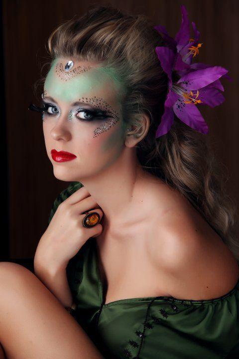 Eye Kandy Glitter In Confetti Sf: Eye Kandy Is Not Only Beautiful For Everyday Wear, But It