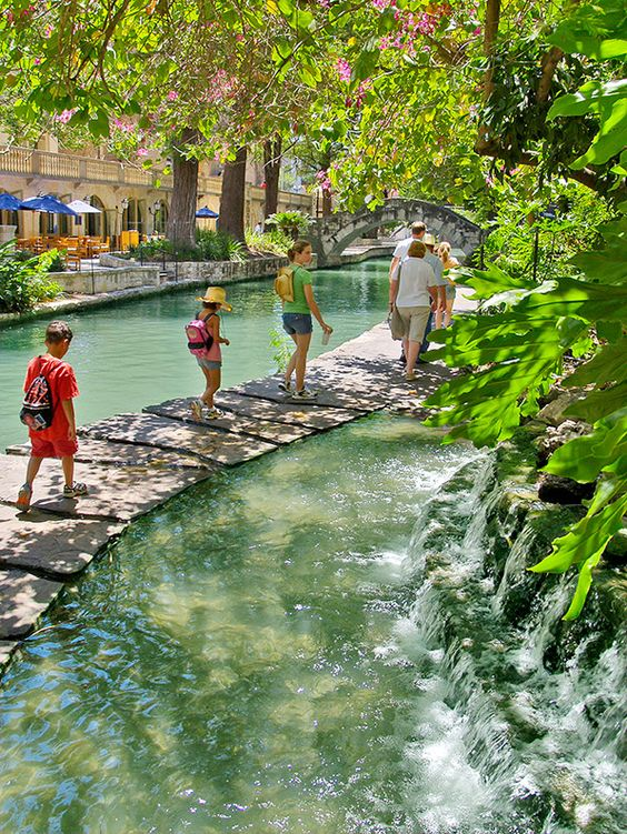 Skip the boat, and take a stroll. As the longest linear urban park in America, San Antonio�s River Walk abounds with recreational features -- these include over 15 miles of hike and bike trails, 6 foot bridges, picnic tables, overlooks and river-edge landings.