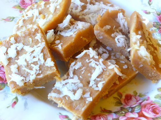 SPLENDID LOW-CARBING BY JENNIFER ELOFF: CREAMY TOFFEE -  A delicious, chewy and…