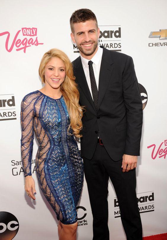 Pin for Later: Diese Frauen haben sich einen jüngeren Mann geschnappt Shakira und Gerard Piqué Altersunterschied: 10 Jahre Beziehungsstatus: Shakira und Gerard sind seit 2010 ein Paar und glückliche Eltern zweier Kinder.