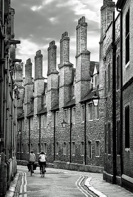 Cambridge | England. Cycling through the streets.  http://www.lonelyplanet.com/england/eastern-england/cambridge