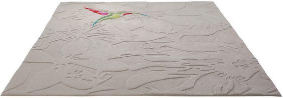 Details:  Uni-Teppich, Floral Gemustert, Hoch-Tief-Effekt, Hochwertiges Acrylgarn, Fußbodenheizungsgeeignet, Sehr strapazierfähig, Schmutzabweisend,  Qualität:  Handgetuftet, 2,7 kg/m² Gesamtgewicht, 10 mm Gesamthöhe, Handgearbeiteter Reliefschnitt (Carving), Baumwollrücken, Rutschhemmende Beschichtung auf der Unterseite,  Flormaterial:  100% Polyacryl,  ...