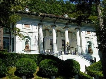 Wagner Villa I, Wien    We love Wien!  http://www.ostheimer.at