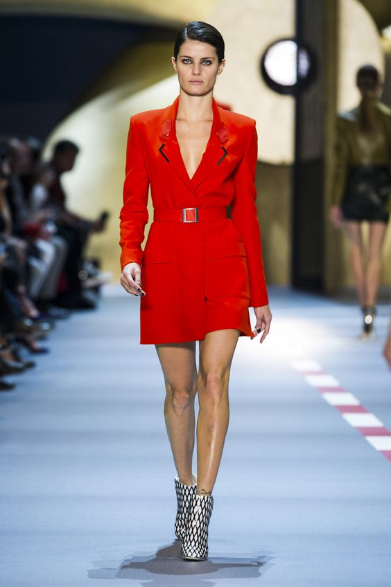 Mugler Spring 2016 Ready-To-Wear Collection  - ELLE.com