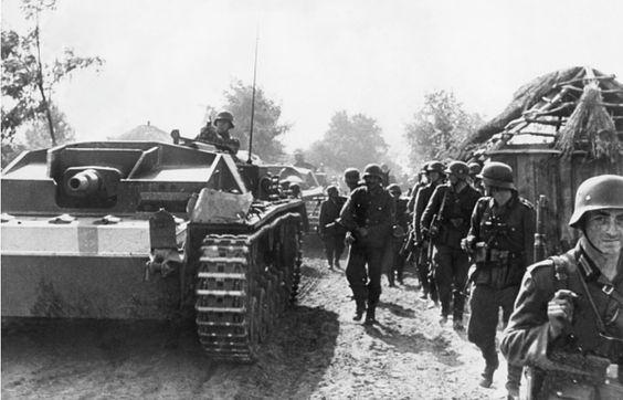 Advancing infantry during the Battle of Kiev, September 1941.
