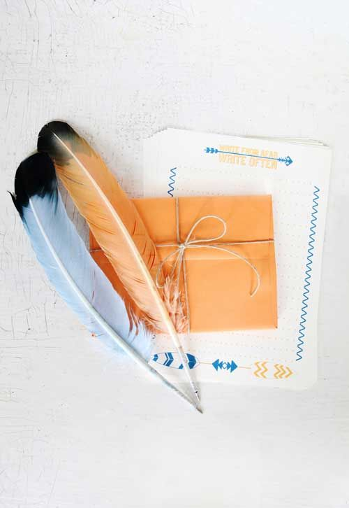 feather pen stationary kit