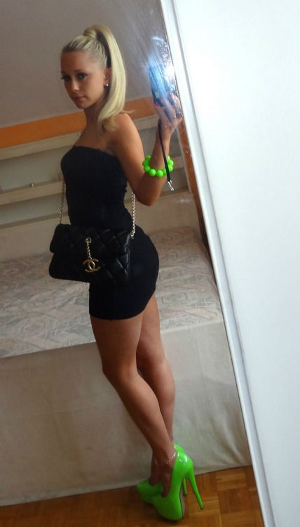 Free chat with hot girls-1453