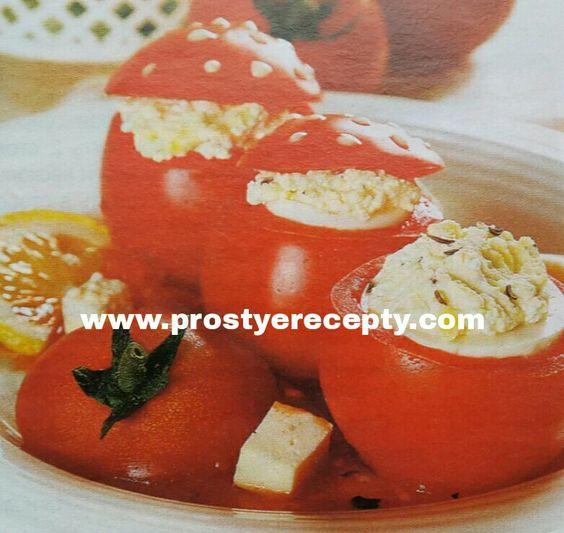 ЗАКУСКА - СЮРПРИЗ.  на 4 порции :  5 помидоров, 4яйца, сваренные вкрутую, 150 г творожного сыра, 1 луковица, 1 пучок петрушки, 50 г феты, 30мл раст.масла, тмин.  НА САЙТЕ ЕЩЕ БОЛЬШЕ РЕЦЕПТОВ.  #рецептыблюд #кулинария #закуски #едимдома #рецептызакусок #вкуснаяеда #еда #готовитьпросто #готовимдома #вкусныерецепты #простыерецепты #рецептыдляпраздничногостола #помидоры