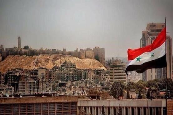 «حلب» آزاد شد    وب گردی     http://webgardee.ir/?p=30118  مجله خبری وب گردی webgardee.ir  نیروهای ارتش سوریه و رزمندگان مقاومت سرانجام پس از عملیات سخت و نفسگیر خود در محلههای شرقی حلب، این شهر را به طور کامل از لوث تروریستهای تکفیری پاکسازی کردند و امنیت و ثبات را به آن بازگرداند