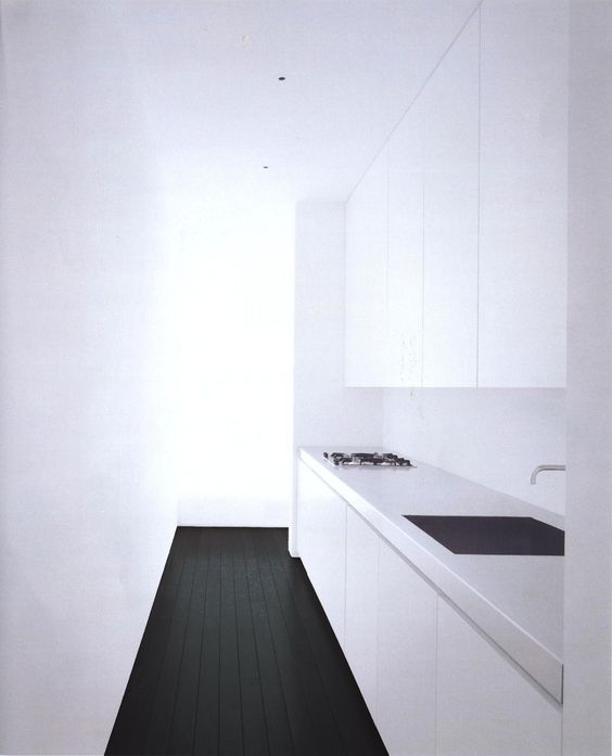 John Pawson Kitchen - I've never seen photos of this house online, but I really like, especially the kitchen. The floors are actually brown.