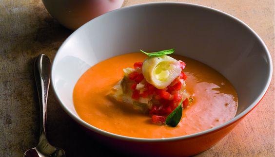 Sopa de Tomate com Bacalhau e Poejo