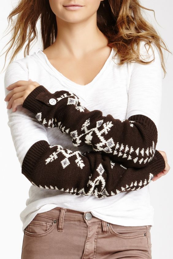 North American Button Arm Warmers @Rod McLaren Simmons for reading!!!!!