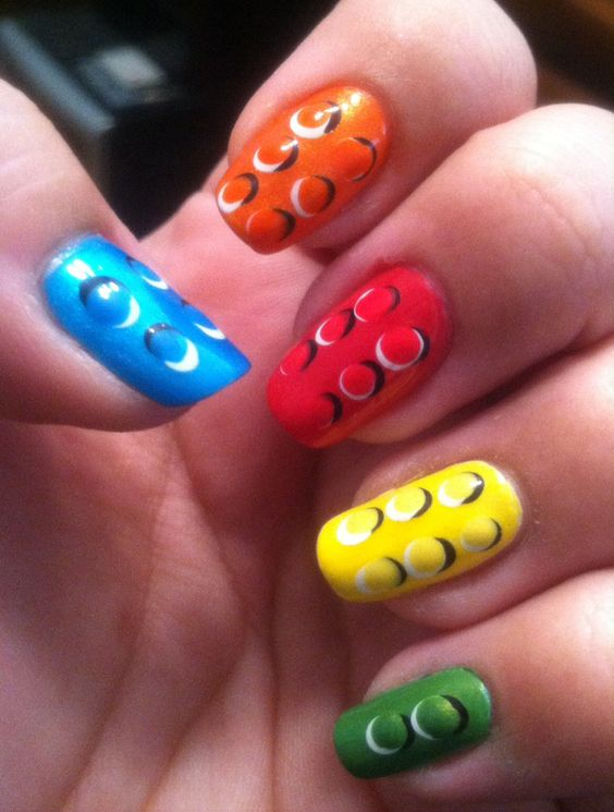 LEGO. | 29 Examples Of Marvellously Geeky Nail Art