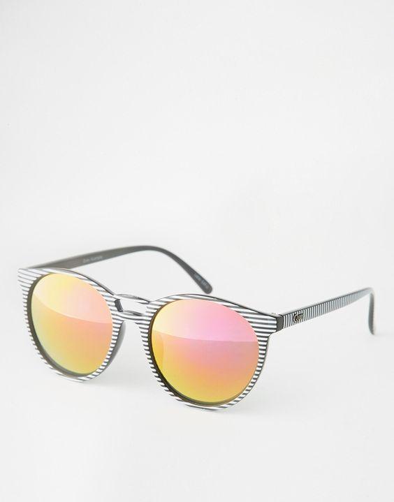 Sonnenbrille im Katzenaugen-Stil von Quay Australia gemustertes Gestell geformte Nasenpolster für zusätzlichen Komfort abgestuft getönte Gläser schmale Bügel mit abgerundeten Enden für einen sicheren Sitz voller UV-Schutz
