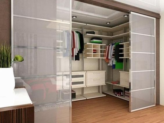 33 walk in closet design ideas to find solace in master for Design walk in closet
