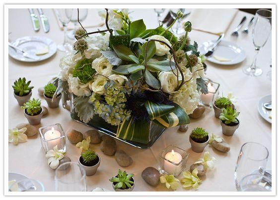 Seattle-Floral-Design-wedding-white-Benaroya_Hall-ranunculus-gardenia-hydrangea-orchid-4