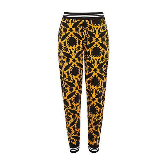 Pantalon de jogging imprimé tapisserie jaune (€30) ❤ liked on Polyvore featuring accessories and bottoms