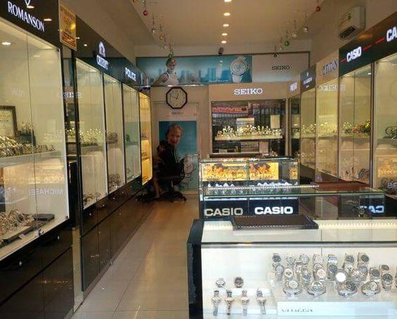 Thị trường đồng hồ TPHCM còn nhiều nghi ngại cho khách hàng - Nha Trang