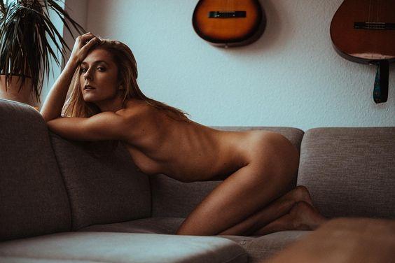 Homestory mit Catalea sexy posing