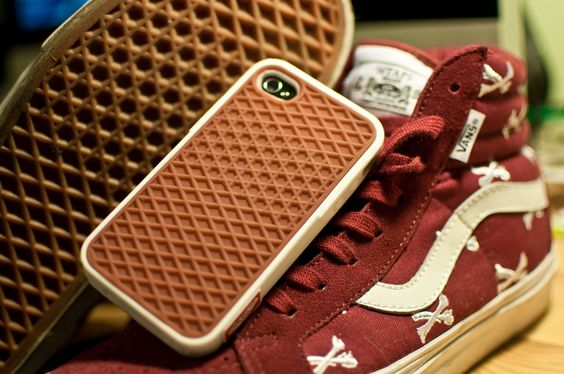Vans iPhone4 Rubber Waffle Case! First time EVER I'm envious of iPhone. I want NEED that case.