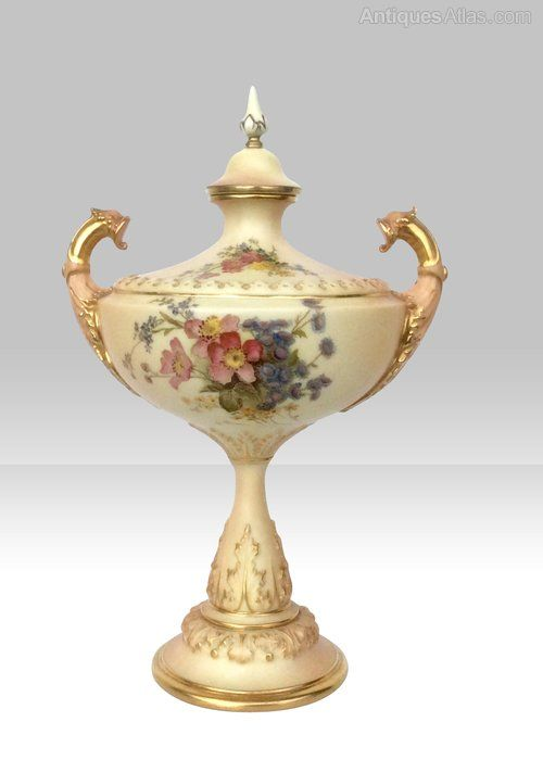 Ceramics Royal Worcester Stunning