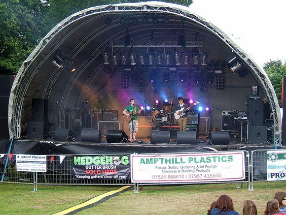Ampthill Festival Gala Day 2012 - Music by marksmithampthill, via Flickr