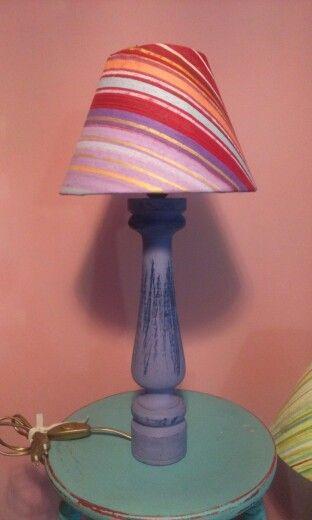 """Spirirual"" Lampada a righe,paralume dipinto a olio,base in legno, altezza 53cm"