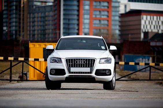 Audi Q5 Quattro 2.0 TDI S Line Ibis White SUV
