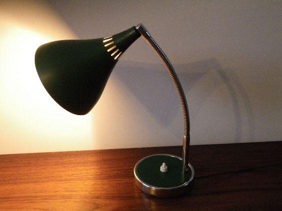 lampe de bureau vintage ann es 60 70 design italien stilnovo design 60 70 pinterest. Black Bedroom Furniture Sets. Home Design Ideas