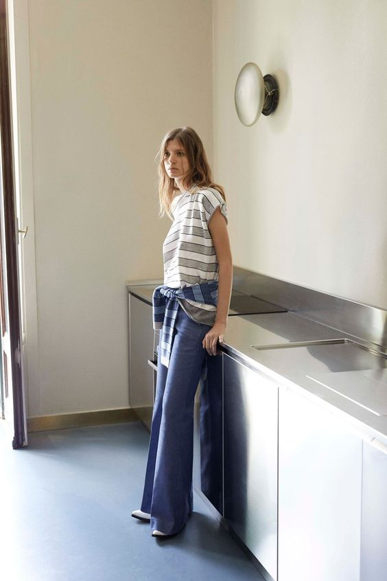 Piazza Sempione Resort 2019 collection, runway looks, beauty, models, and reviews.