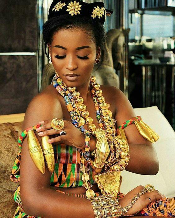 Frisuren 2020 Hochzeitsfrisuren Nageldesign 2020 Kurze Frisuren African Fashion Kente Styles African Women