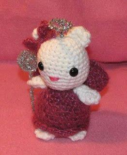 2000 Free Amigurumi Patterns: Hello Kitty
