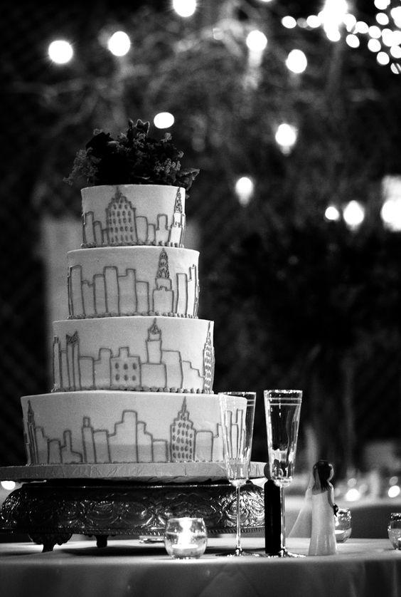 Great wedding cake featuring the Manhattan Skyline