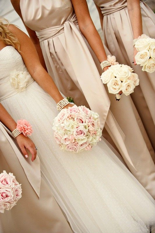 Champagne bridesmaids dresses, love the pink accents and bouquets