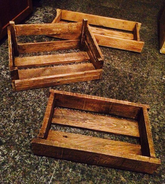 Cassette porta oggetti create a mano da pancali per vassoi for Oggetti per arredare