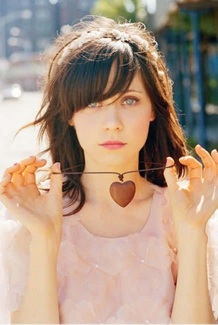 zooey side bangs