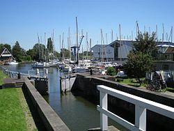 Sluis Stavoren - Wikipedia