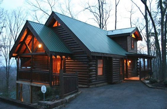 Gatlinburg cabin rental tranquility point a luxury log for Luxury cabin rentals in gatlinburg tn