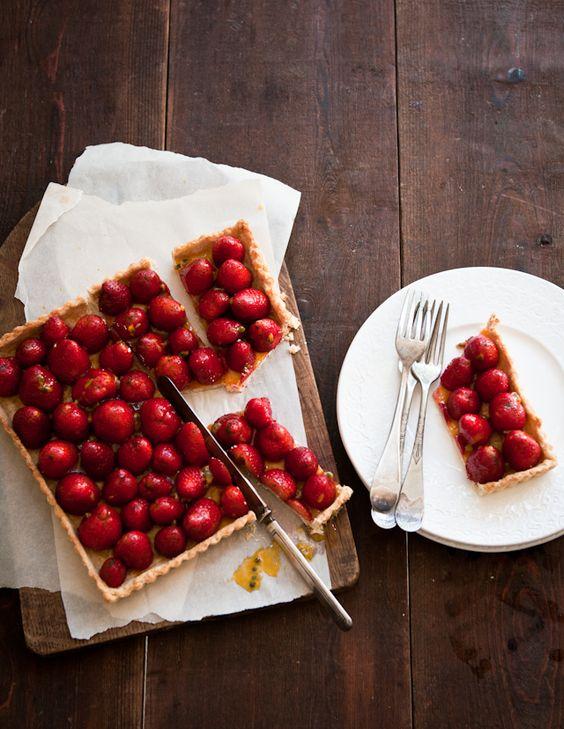 Strawberry tart: Strawberry Passionfruit, Lemon Passionfruit, Square Tart, Fruit Tarts, Breakfast Recipes