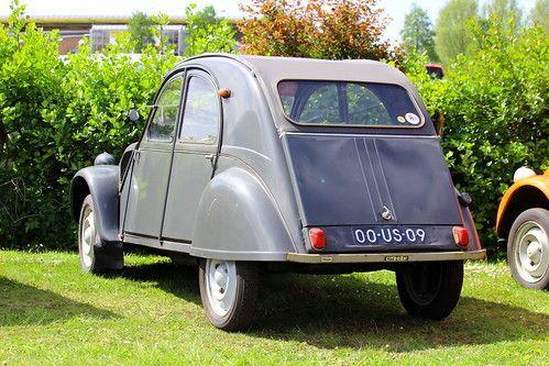 French Cars Since 1946 1960 Citroen 2cv My Car Blogs Citroen 2cv Citroen Car