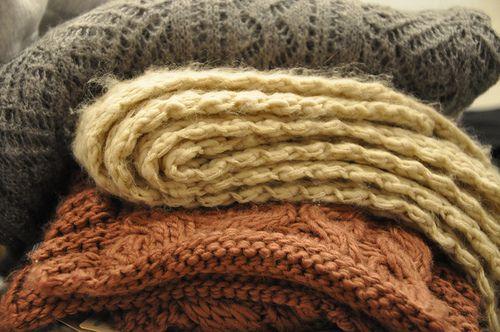 cocoaandsweaters:  leavesandpumpkins:  Want more autumn beauty on your dash? Followleavesandpumpkins  everything autumn ♥️
