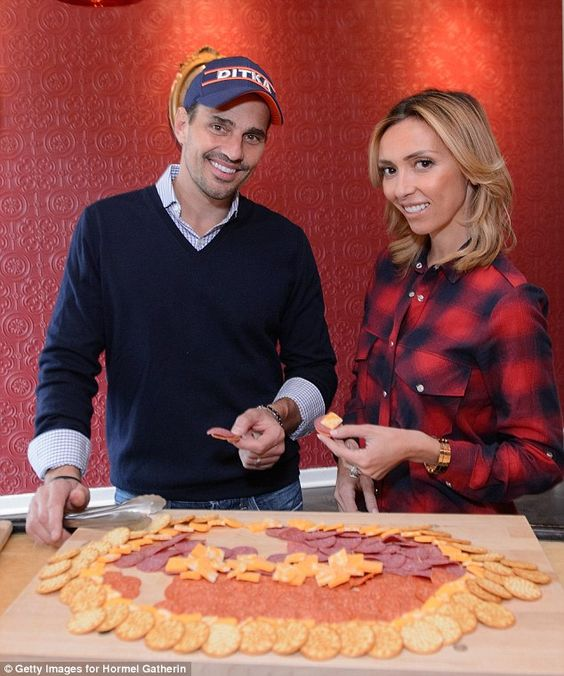 Giuliana Rancic and husband Bill promote pre-packaged party ...