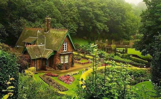 English countryside cottage favorite places spaces pinterest english cottages and - Countryside dream gardens ...