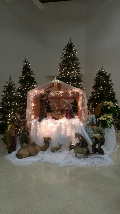 43 Affordable Christmas Tree Decoration Ideas That Will Spark Your Creativity Church Christmas Decorations Christmas Tree Decorations Christmas Nativity Scene