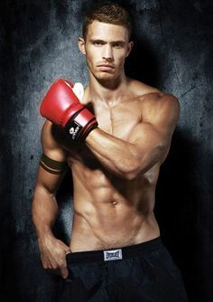 hot male boxer pic