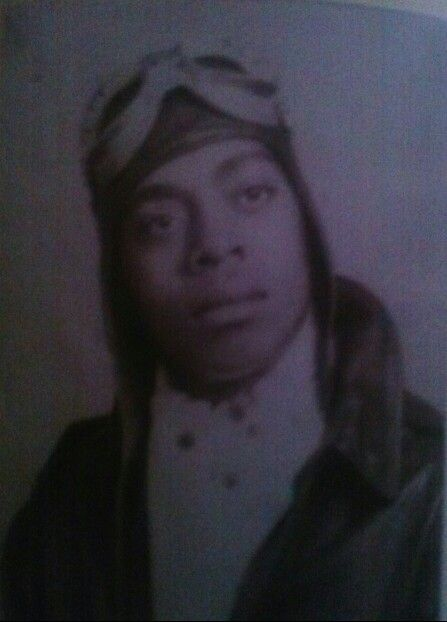 My grandfather the airman in 1942. A family's pride.