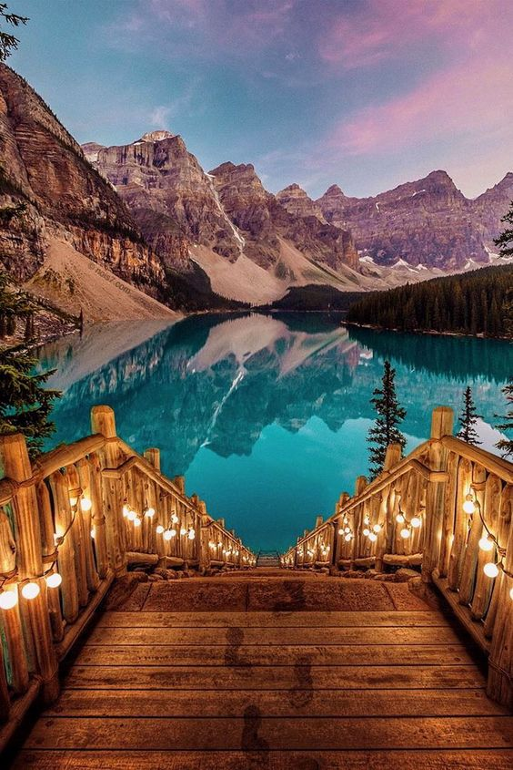 romantic honeymoon destinations moraine lake alberta canada: